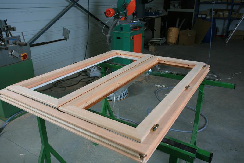 Fabricant de fenetre bois menuiserie image et conseil for Fabricant de fenetre bois