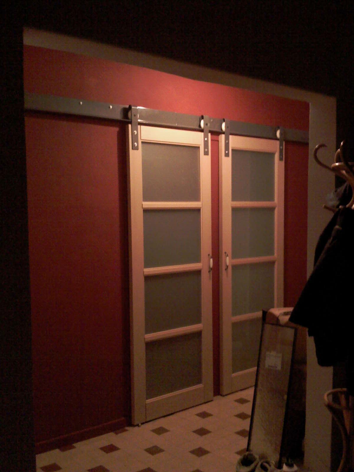 Fabriquer un porte coulissante menuiserie image et conseil - Fabriquer porte placard ...