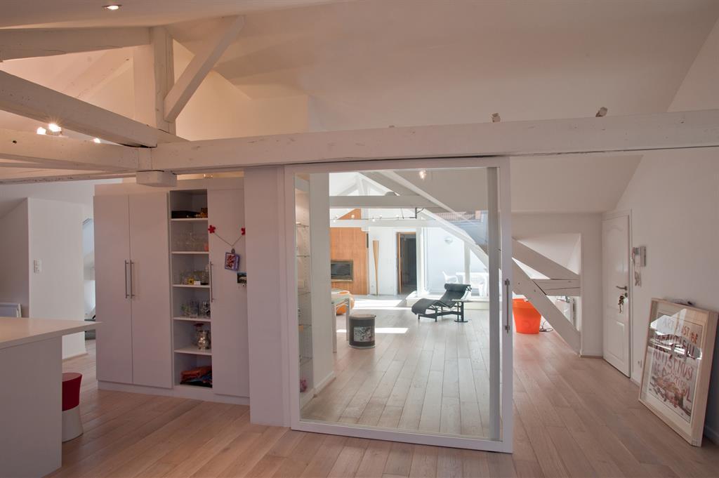 cloison amovible chambre sous pente menuiserie image et conseil. Black Bedroom Furniture Sets. Home Design Ideas