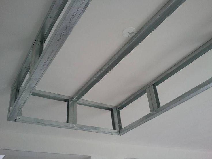 plafond suspendu avec montant menuiserie image et conseil. Black Bedroom Furniture Sets. Home Design Ideas